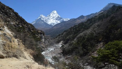 Budget Everest Base Camp Trek With Bed And Breakfast
